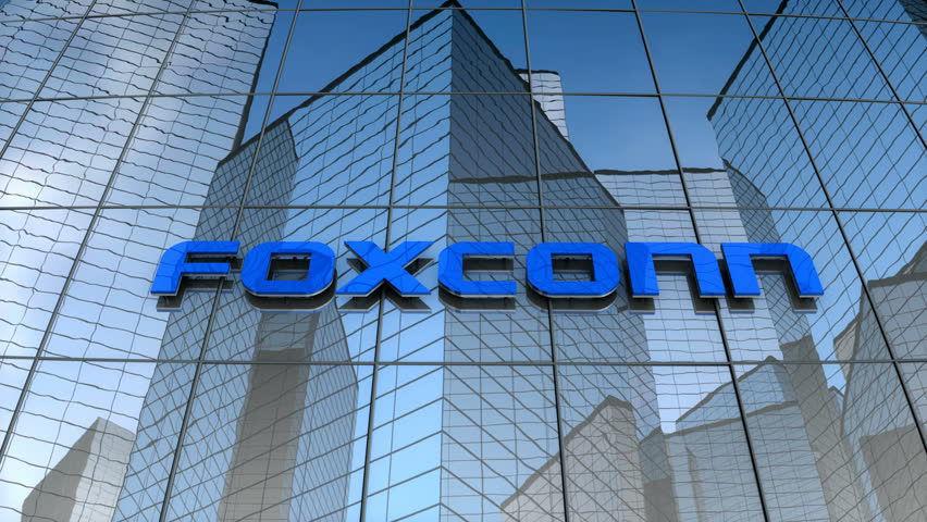 Foxconn, el socio de Apple que fabrica el iPhone, podría armar autos eléctricos en México